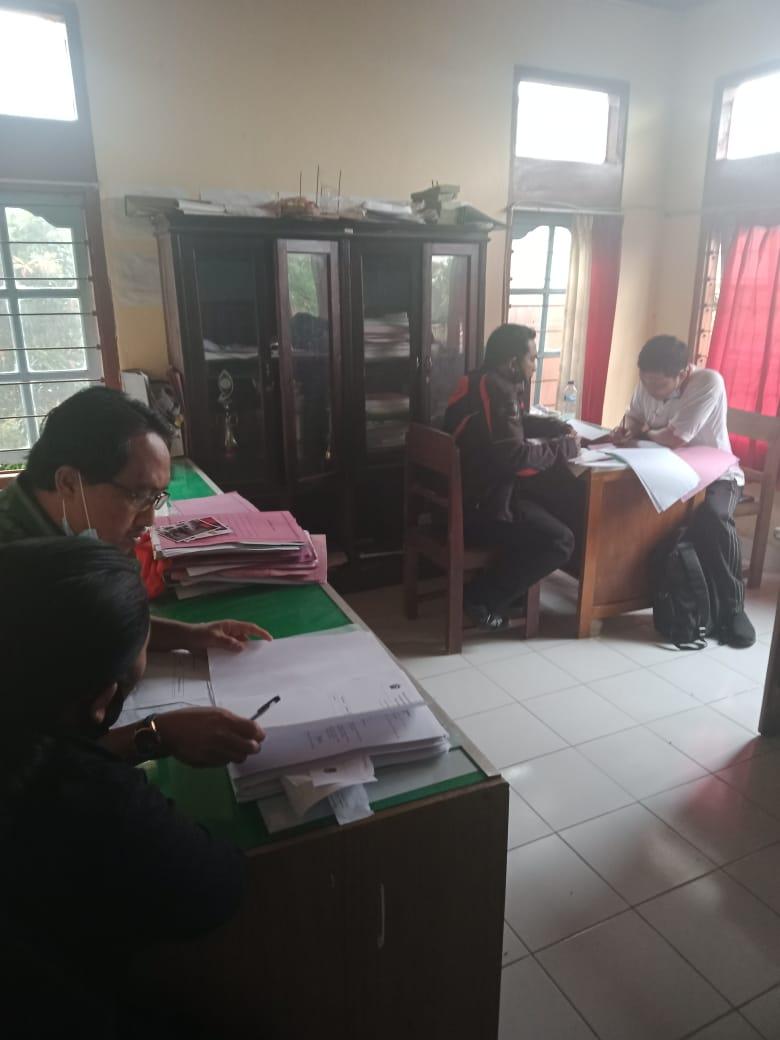 Dinas DPMD Melaksanakan MONEV DD tahun 2020 di Desa Batukaang